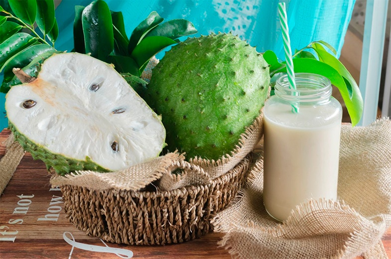 Batido de guanábana y piña: bebida adelgazante | Fruta Pasión